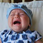 ¿Cómo saber si mi bebé tiene cólicos o hambre?