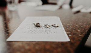 Casado, comprometido