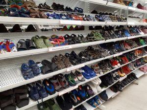 Zapatos variedad en modelos y tallas