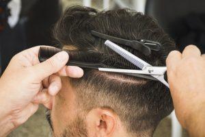 Corte de cabello para hombres rapados