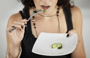 Chica en dieta de cetosis