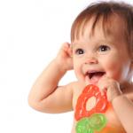 ¿Cómo saber si le están saliendo los Dientes a mi Bebé?
